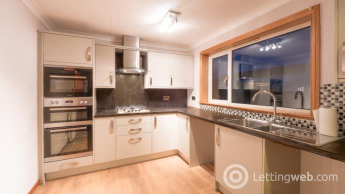 Property to rent in Baird Way, Montrose