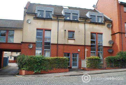 Property to rent in Broad Street, Alloa