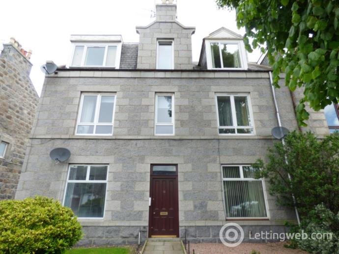 Property to rent in Broomhill Road, Aberdeen, AB10