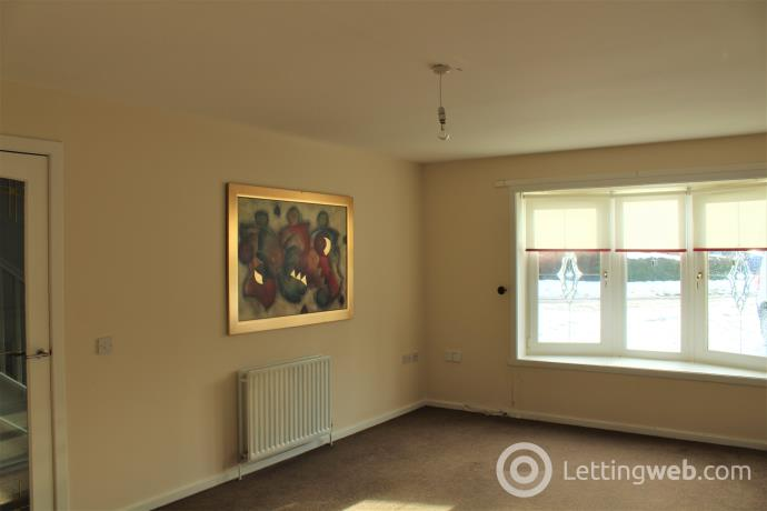 Property to rent in Wallace Wynd