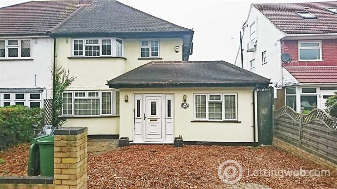 Property to rent in Stains Road, Twickenham, London