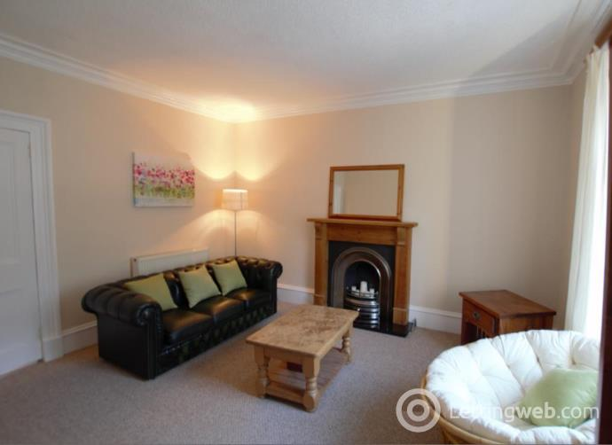 Property to rent in Holburn Street