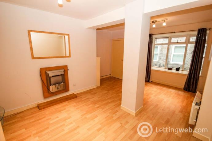 Property to rent in Brewhouse Court, Alloa