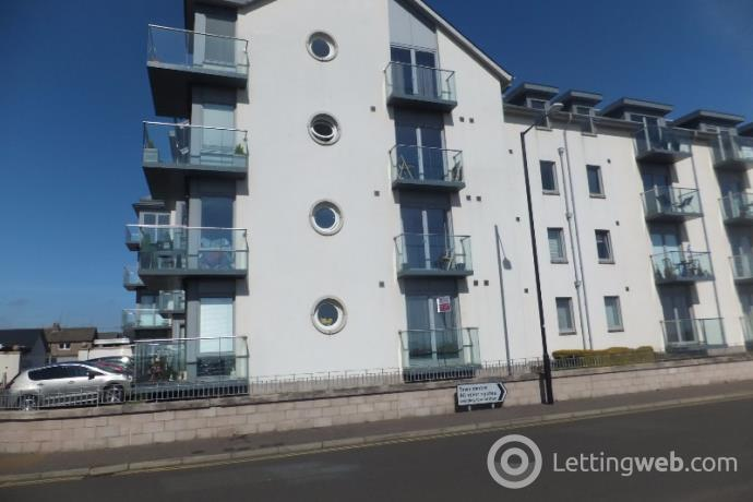Property to rent in Dalhousie Court, Links Parade, Carnoustie, Angus, DD7 7JD