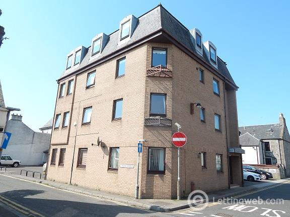 Property to rent in Long Lane Broughty Ferry