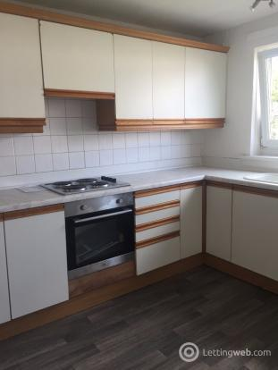 Property to rent in Sandyknowes Road