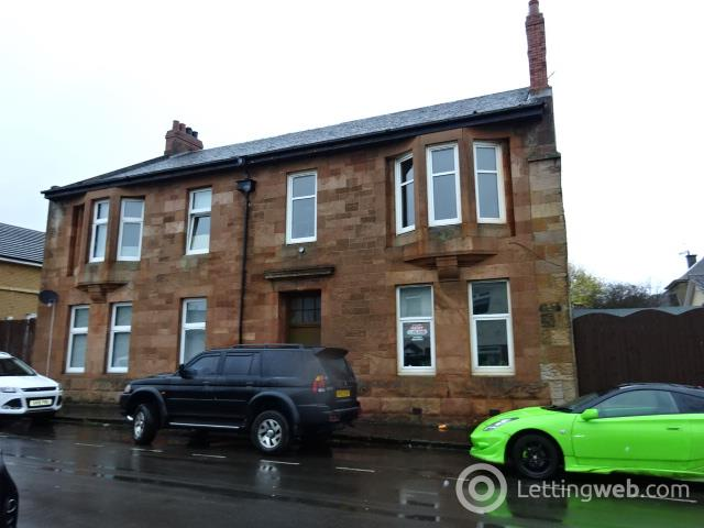 Property to rent in 28 West Thornlie Street, Wishaw