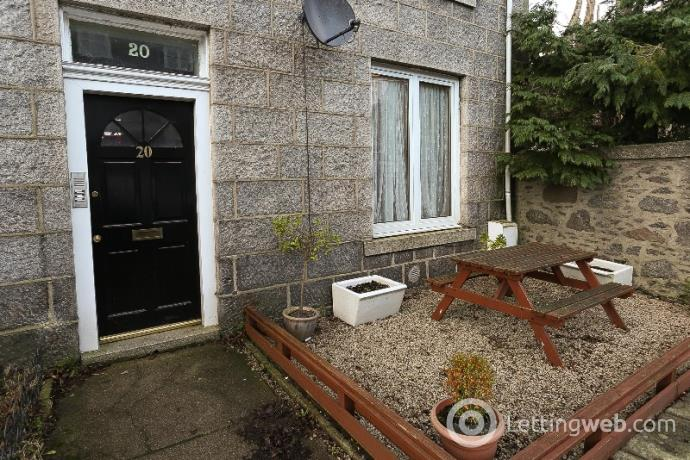 Property to rent in Hartington Road, West End, Aberdeen, AB10 6YA