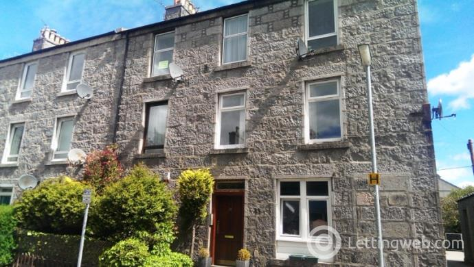 Property to rent in Chattan Place, West End, Aberdeen, AB10 6RD