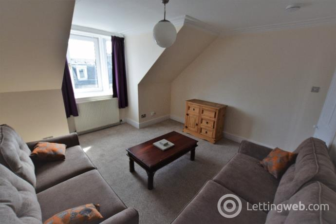Property to rent in Crown Street, City Centre, Aberdeen, AB11 6HX