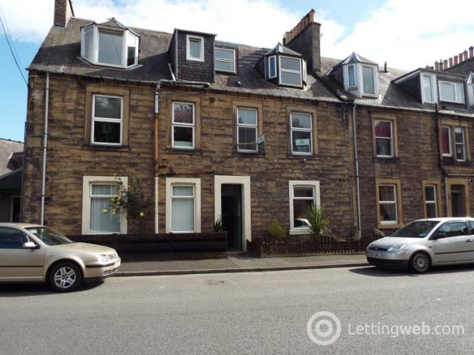 Property to rent in 10-4 Mansfield Crescent, Hawick, TD9 8AQ