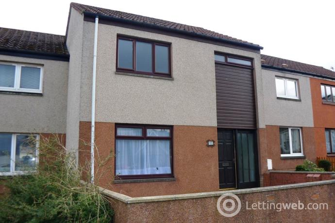 Property to rent in 69 SCOONIEHILL ROAD