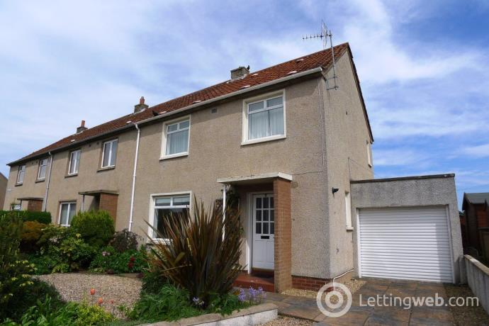Property to rent in 5 Kirkaldy Court, St Andrews, KY16 8HJ