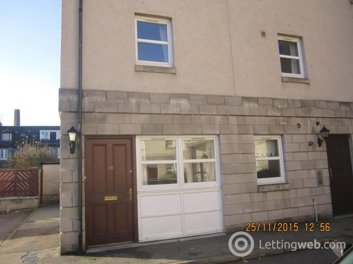 Property to rent in 68 Charles Street, Aberdeen