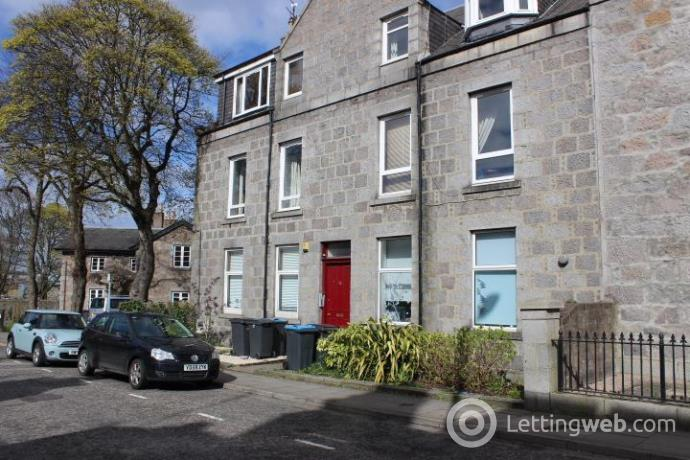 Property to rent in 43 Mount Street, Aberdeen, AB25 2QX