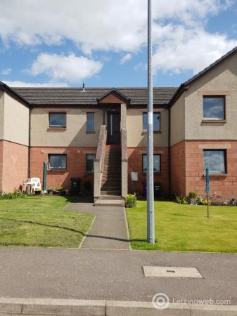 Property to rent in Roods Place
