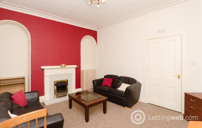 Property to rent in Northfield Place, GFL