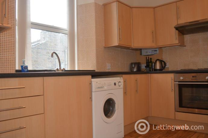 Property to rent in West Mount Street, Aberdeen