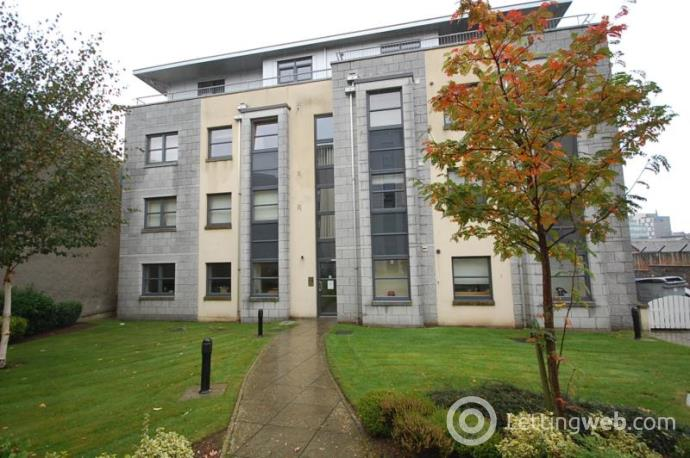 Property to rent in Willowbank Road, Aberdeen, AB11 6XL