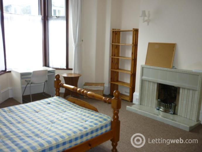 Property to rent in Elmfield Avenue, Aberdeen, AB24 3NU
