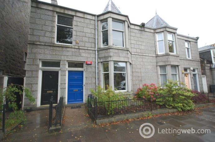 Property to rent in Osborne Place, Aberdeen, AB25 2DB