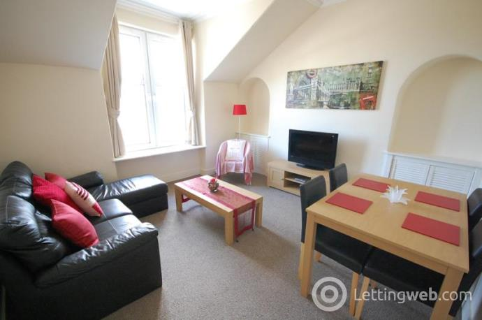 Property to rent in Holburn Street, Aberdeen, AB10 7LY