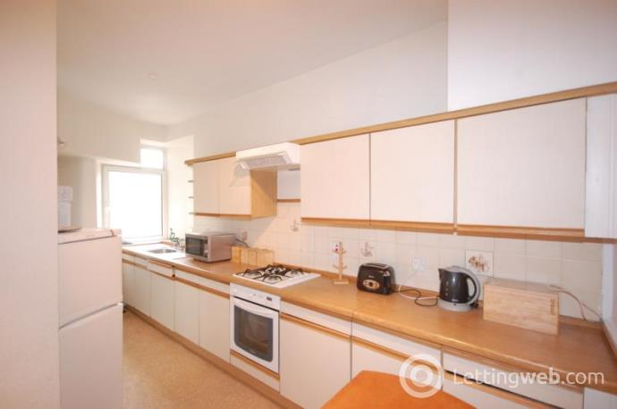 Property to rent in Menzies Road, Torry, AB11