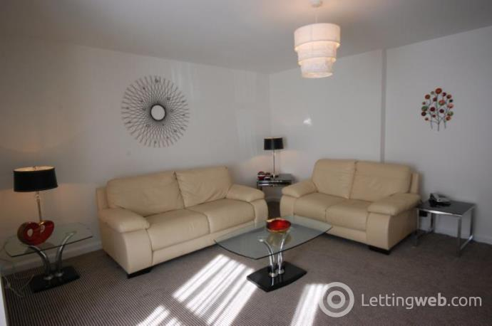 Property to rent in Stanley Street, Aberdeen, AB10