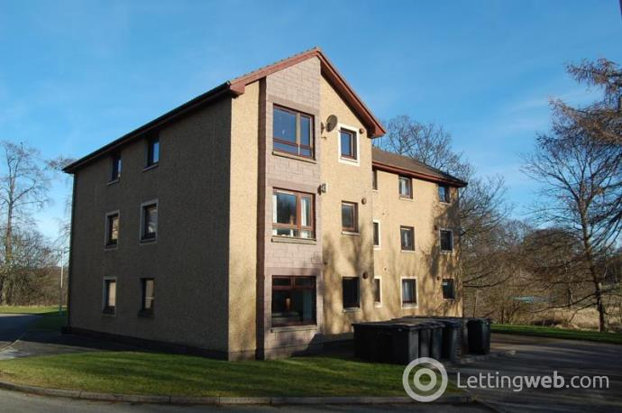 Property to rent in Hutcheon Low Place, Aberdeen, AB21 9WL