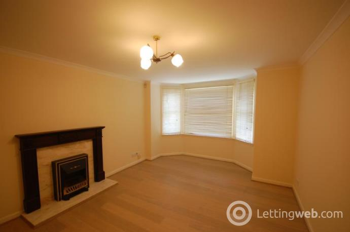 Property to rent in Ruthrieston Court, Riverside Drive, AB10