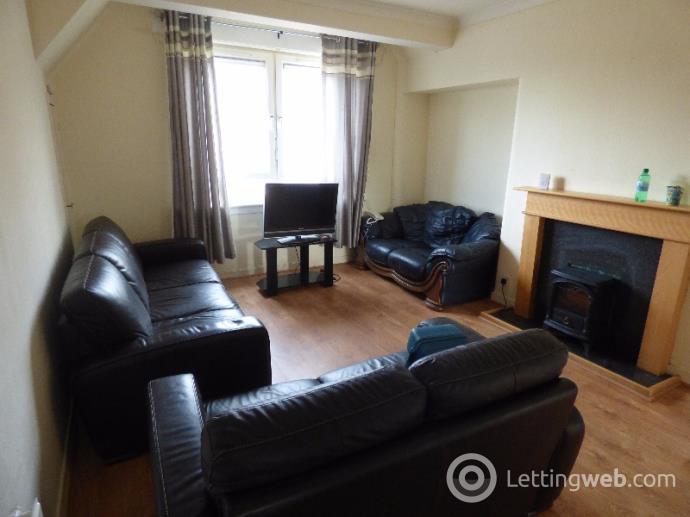 Property to rent in Hyvots Bank Avenue, Gilmerton, Edinburgh, EH17 8NJ