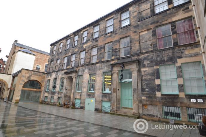 Property to rent in Virginia Street