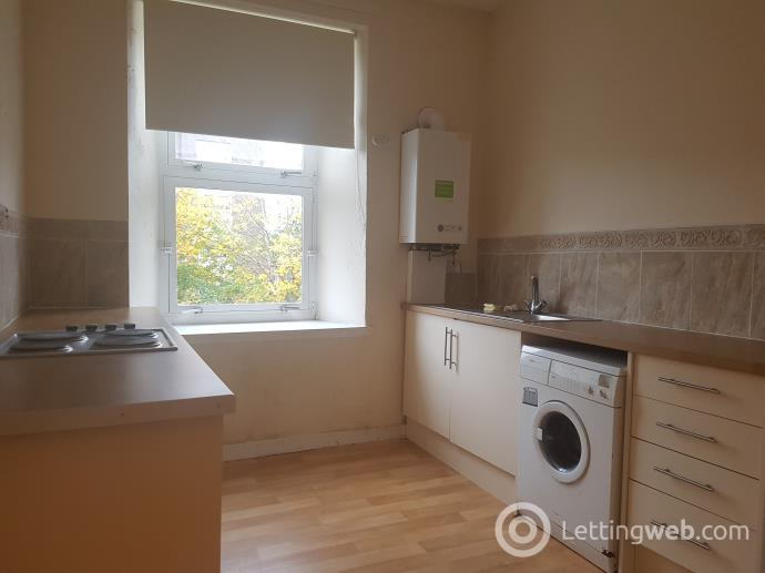 Property to rent in Woodside Walk, Hamilton, Lanarkshire, ML3