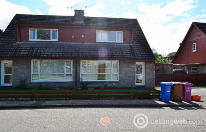 Property to rent in 15 THORNHILL PLACE, FORRES, IV36 1LR