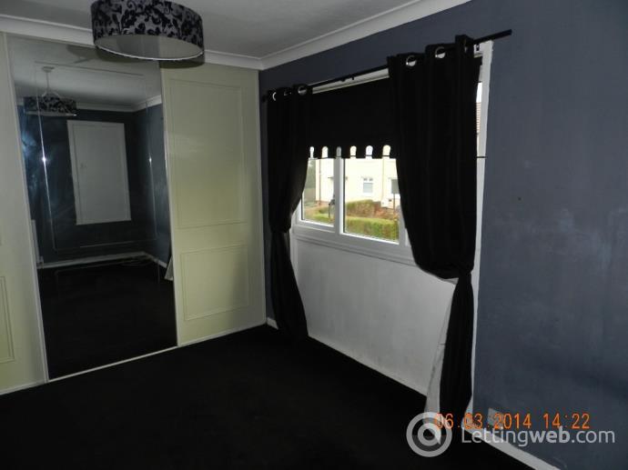 Property to rent in Pundevon Avenue, Kilbirnie, North Ayrshire, KA25 7BH