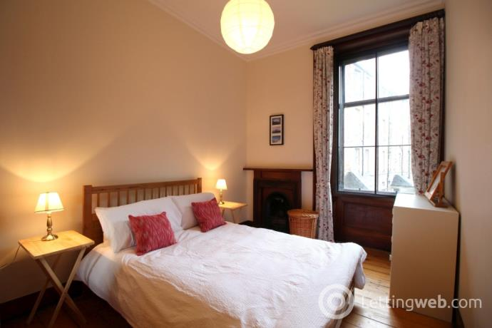 Property to rent in Beaufort Road, Marchmont, Edinburgh, EH9 1AG