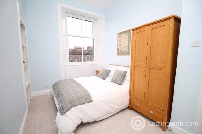 Property to rent in Henderson Row, New Town, Edinburgh, EH3 5BB