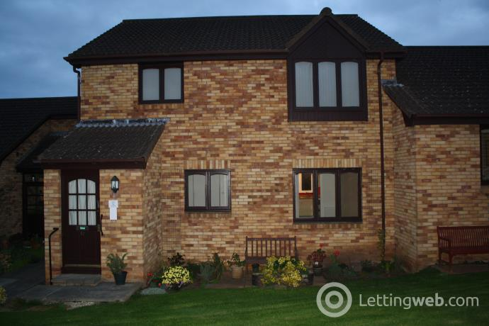 Property to rent in 12 Sainthill Court