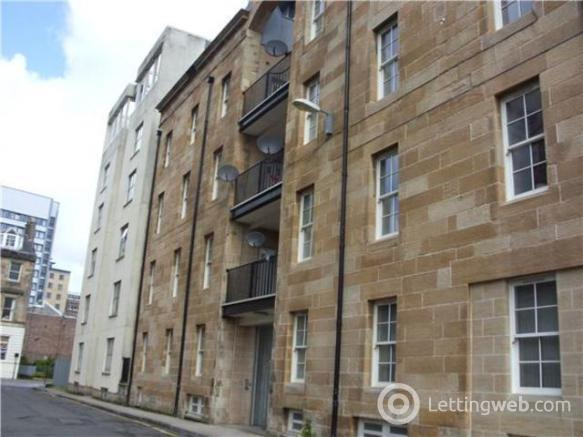 Property to rent in Fox Street, City Centre