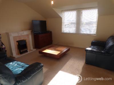 Property to rent in Regent Walk, Aberdeen, AB
