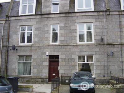 Property to rent in Balmoral Place, First Floor Left, AB10