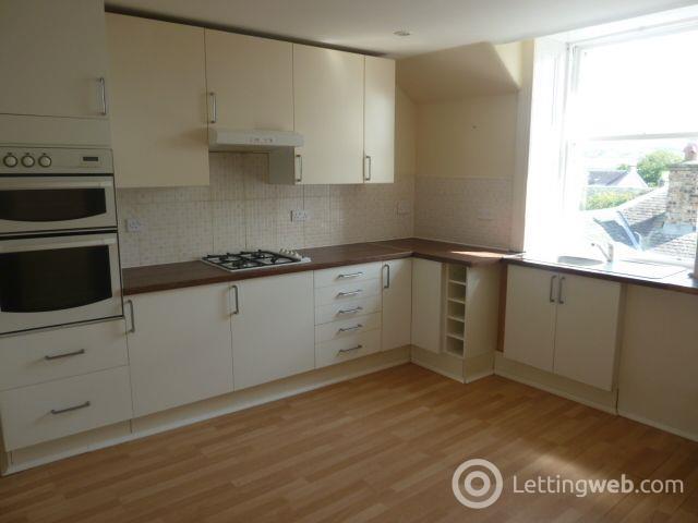 Property to rent in High Street, Biggar ML12