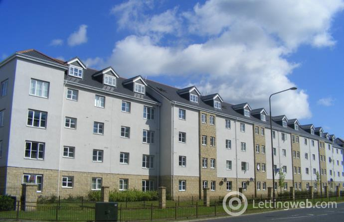 Property to rent in Queens Crescent, Rosendale Gardens