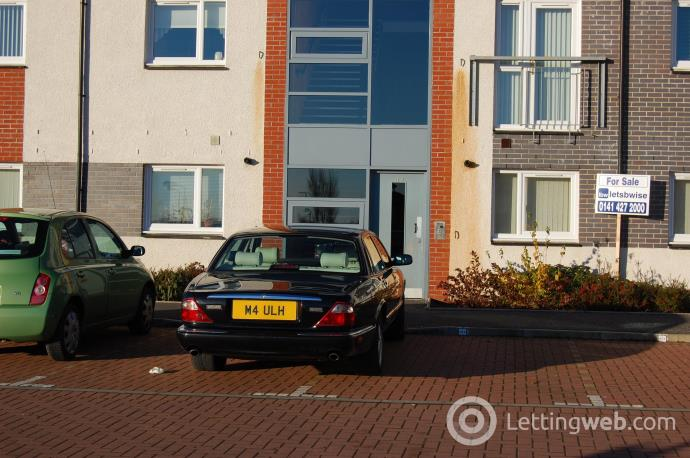 Property to rent in Miller Street, Clydebank