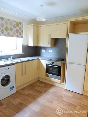 Property to rent in Paradise Place