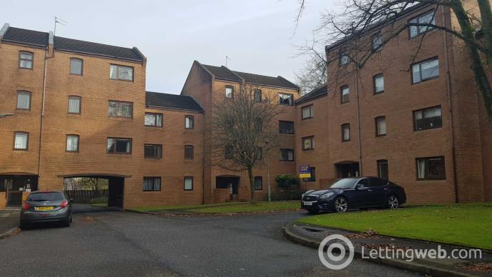 Property to rent in Rowan Gate, Paisley