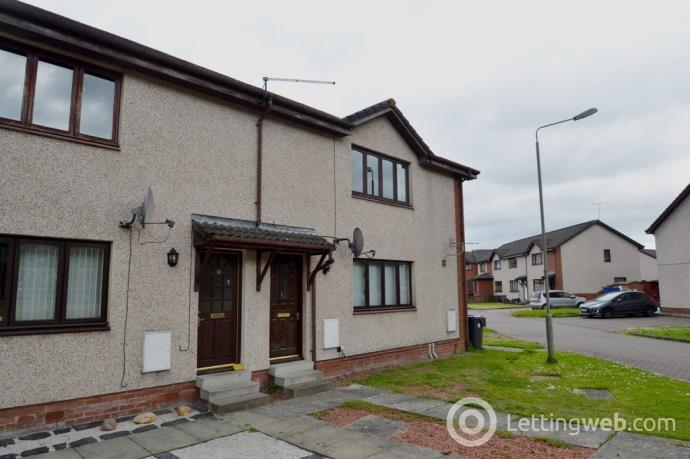 Property to rent in 10 Hirst Court, Fallin,