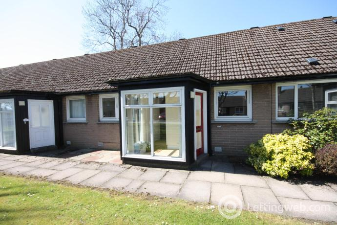 Property to rent in Stronsay Crescent