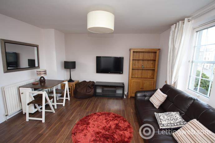 Property to rent in Albany Court, Gordon Street, Aberdeen