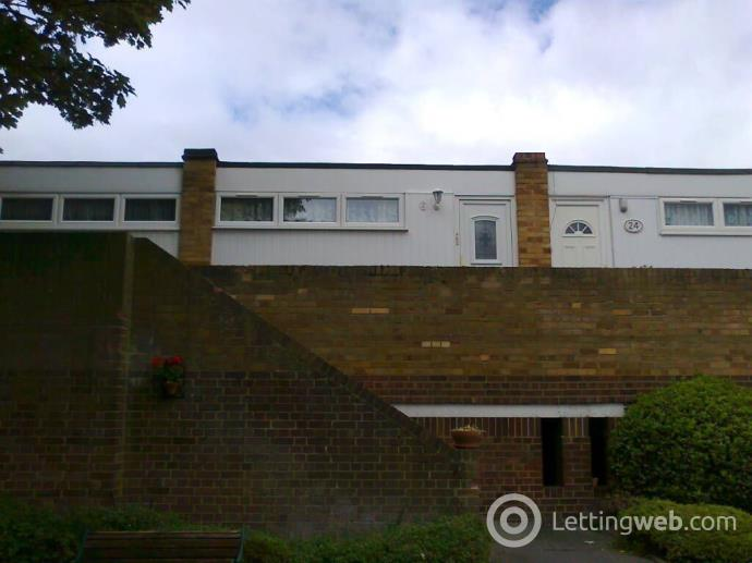 Property to rent in Bracken Hill Close, Bromley